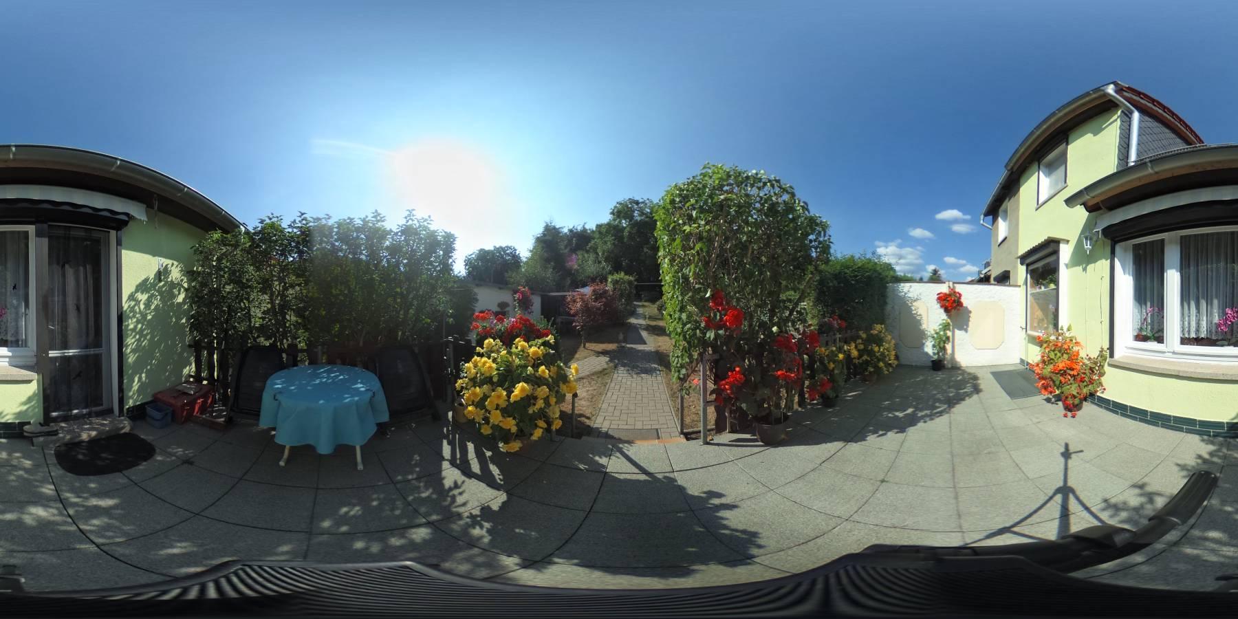 VERKAUFT - Gepflegte Doppelhaushälfte mit Garage in Hasserode 360 Grad